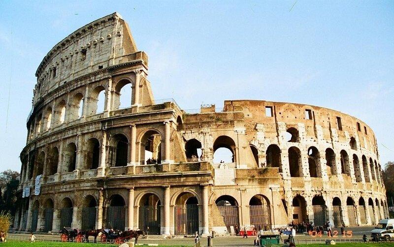 Колизей - достопримечательность Рима